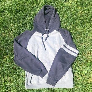 tommy hoodie 🦦
